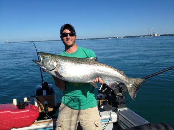 Oswego saturday evening bite new york fishing reports for Oswego fishing report