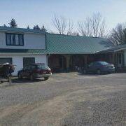 Eddie's Salmon River Lodge