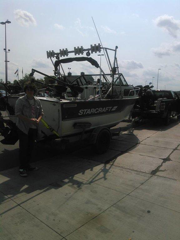 WANT: Cuddy Cabin Aluminum Outboard: Sabre, Eagle, Islander, Lund