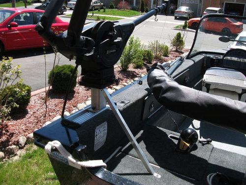 Cannon downrigger gusset 001.JPG