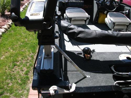 Cannon downrigger gusset 006.JPG