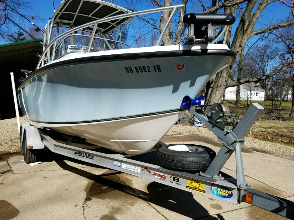 bow mount trolling motor on a Grady White gulfstream - This