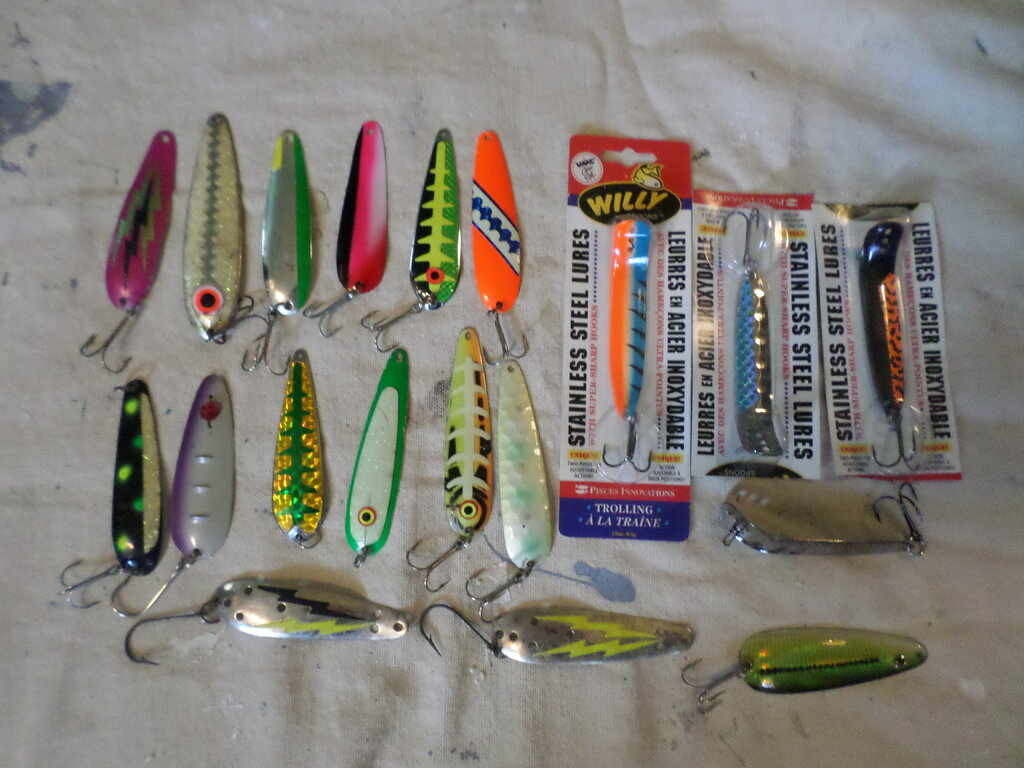 Big Lot Of Used Lures Cheap Classifieds Buy Sell Trade Or Rent Lake Ontario United Lake Ontario S Largest Fishing Hunting Community New York And Ontario Canada