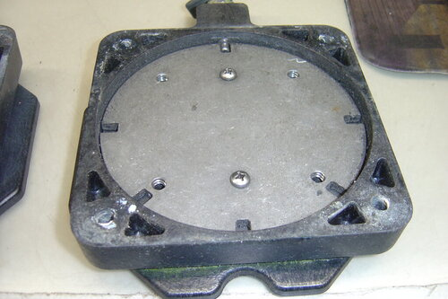 1 Pair Cannon swivel bases and Mounts and 1 turntable 002.JPG