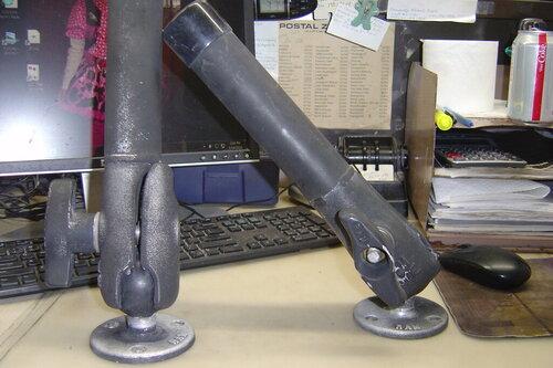 Ram rod holders 004.JPG