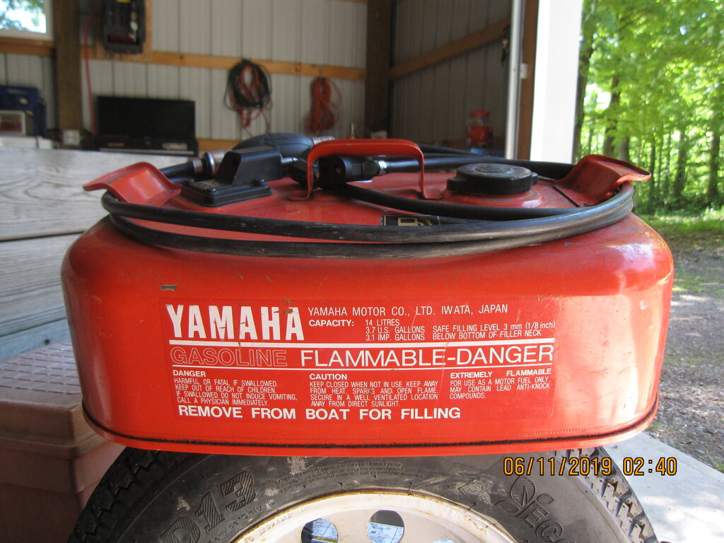 Yamaha 3 7 Gal  gas tank with hose - Classifieds - Buy, Sell